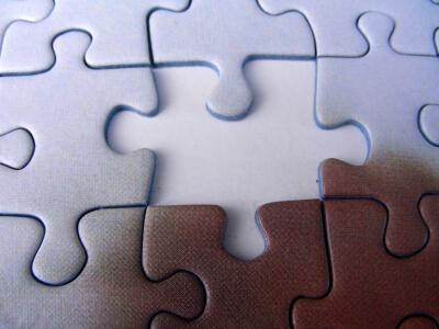 Puzzle-Teile (c) Stepanie-Hofschlaeger / pixelio.de
