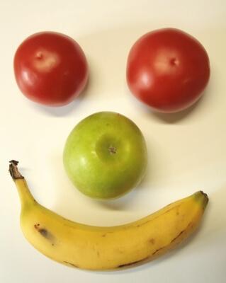Ernährung | Obstgesicht (c) christian hilgers / pixelio.de