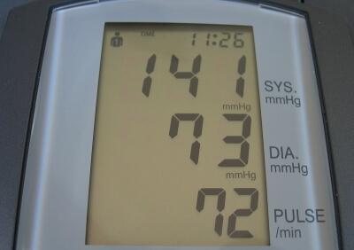 Gesundheit | Blutdruckmesser (c) Joujou / pixelio.de