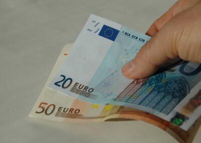 Geld | 70 Euro (c) Klaus-Uwe Gerhardt / pixelio.de