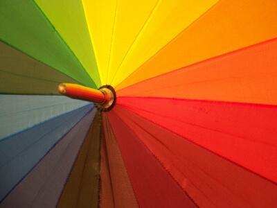 Regenschirm (c) knipseline / pixelio.de