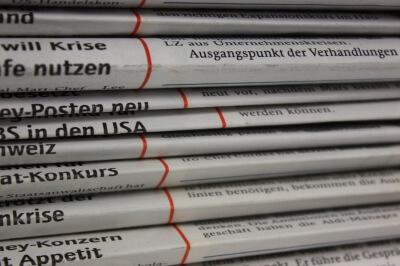 Zeitungsstapel (c) Klaus Thormann / pixelio.de