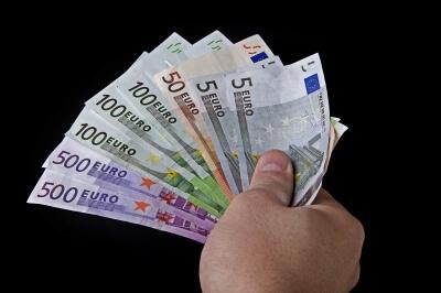 Geld | Zahltag (c) Michael Grabscheit / pixelio.de