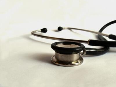 Arztbesuch | Stethoskop (c) Halina Zaremba / pixelio.de