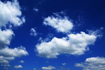 Natur   Wolken am Himmel (c) Oliver Mohr  / pixelio.de