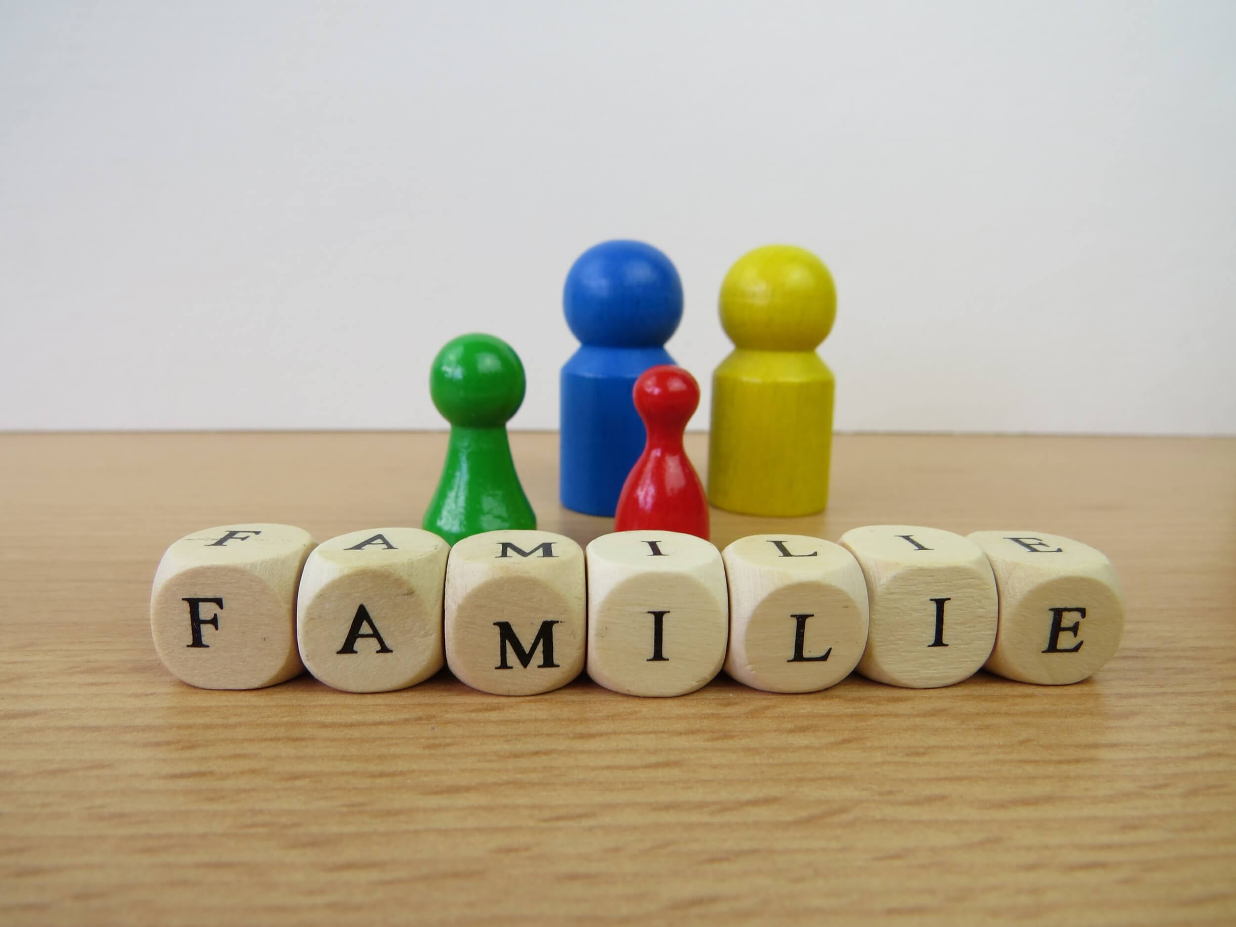 Familie (c) sophieja23 / pixabay.de