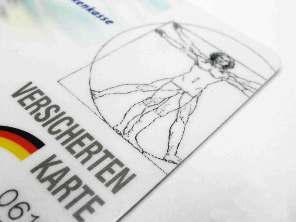 Krankenkassenkarte (c) claudia hautumm / pixelio.de