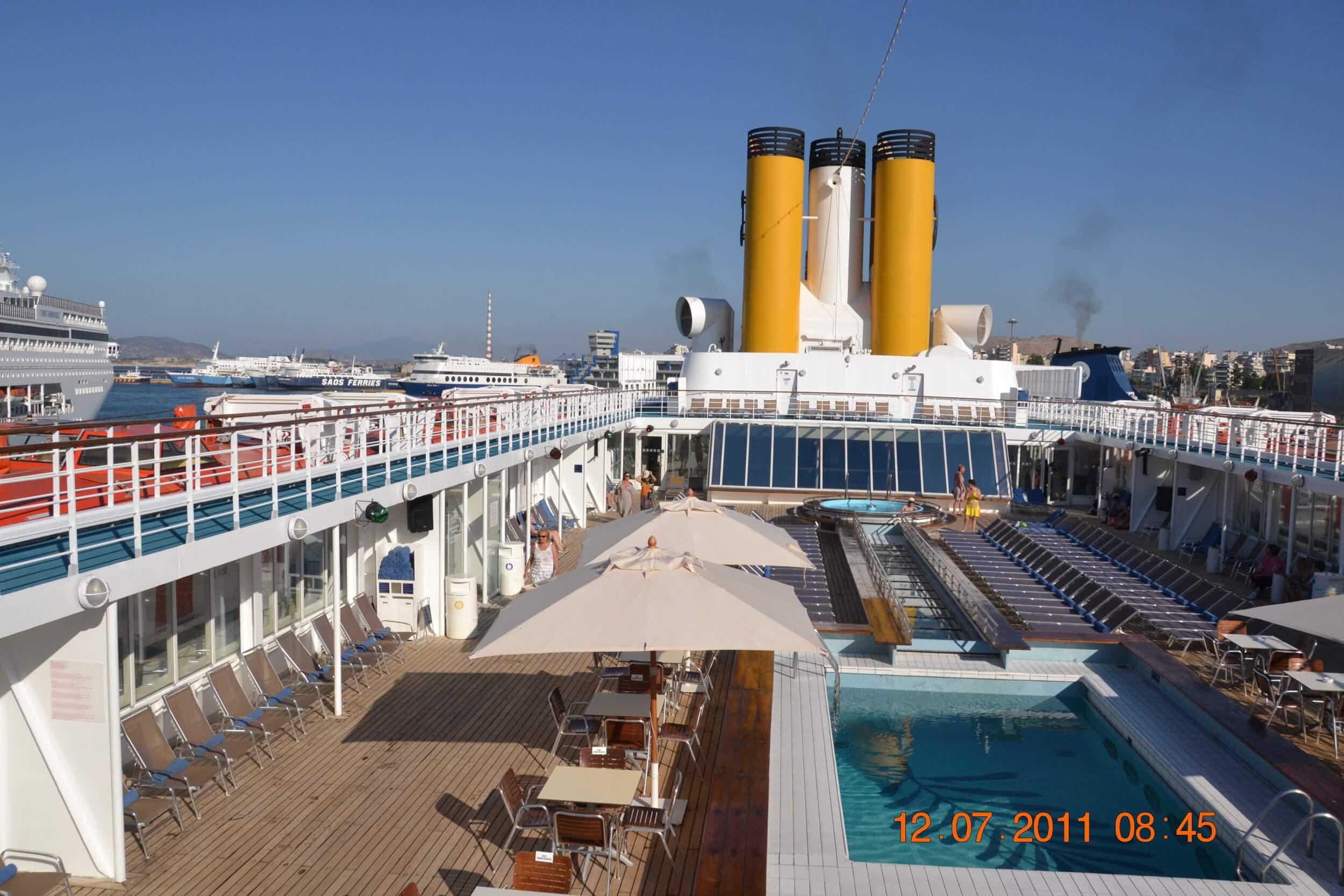 Kreuzfahrtschiff (c) champmol / flickr.com
