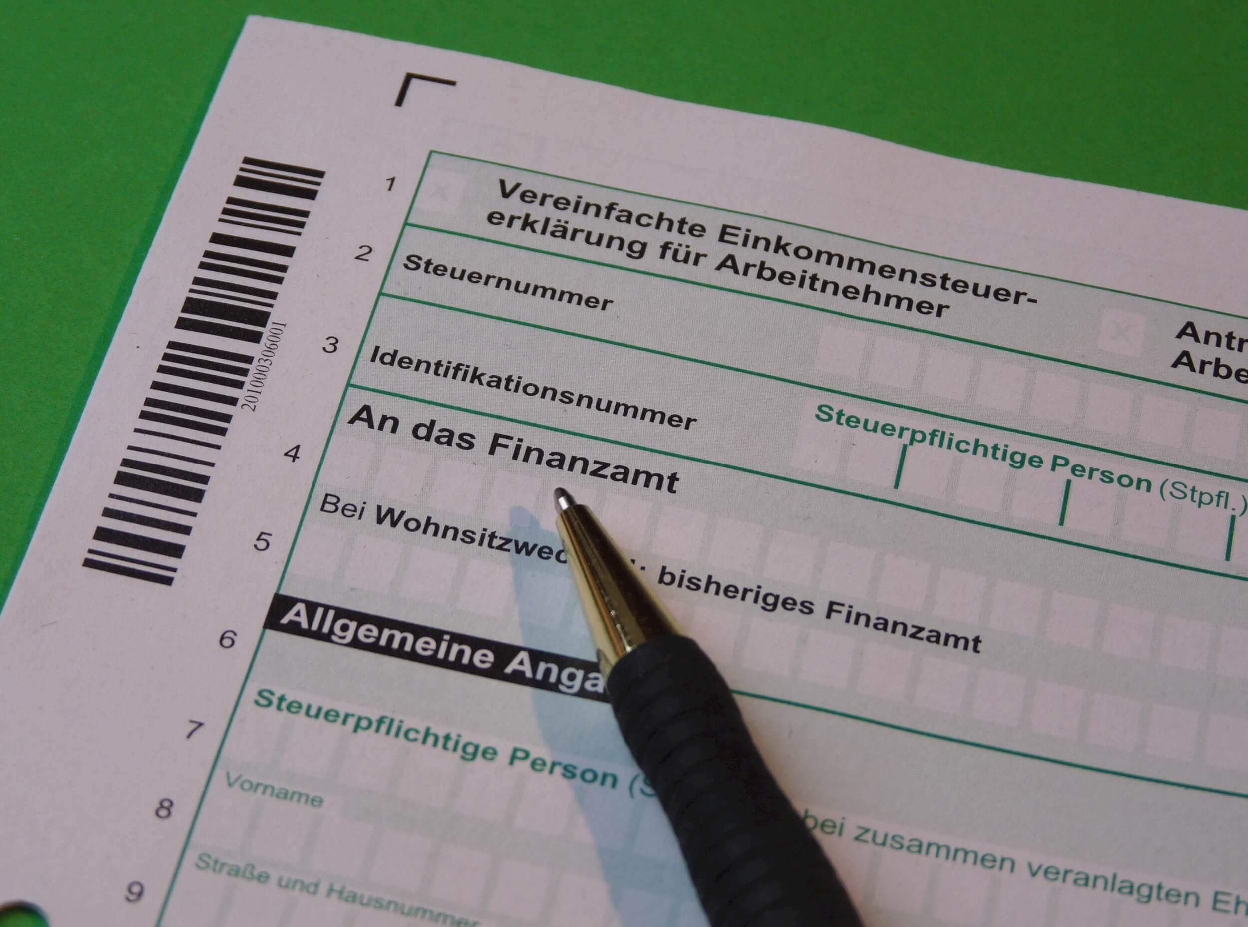 Mehr Brutto vom Netto - Steuererklärung (c) falco / pixabay.de