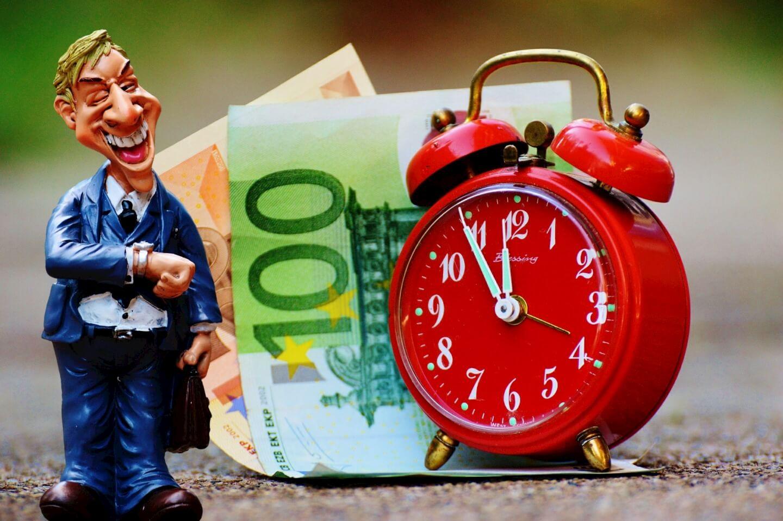 Zeit ist Geld - erst recht bei der Familie (c) alexas_fotos / pixabay.de