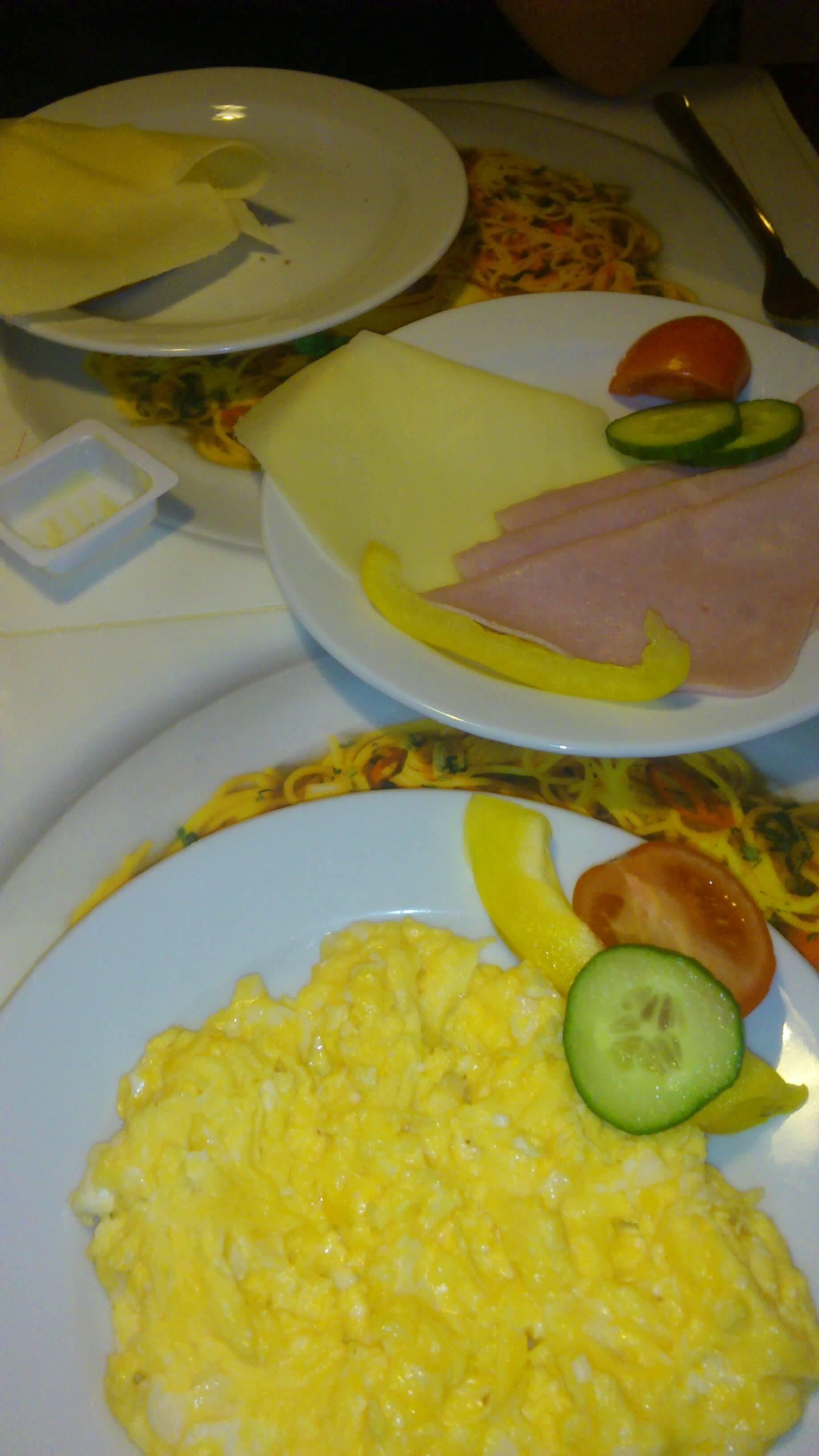 Ernährung | Rührei (c) familienfreund.de