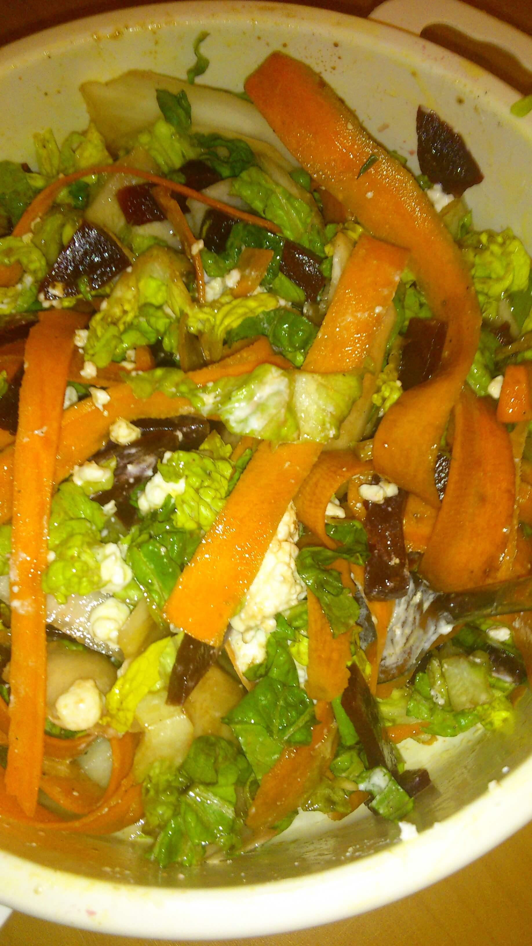 Ernährung | Salat mit Möhren (c) familienfreund.de