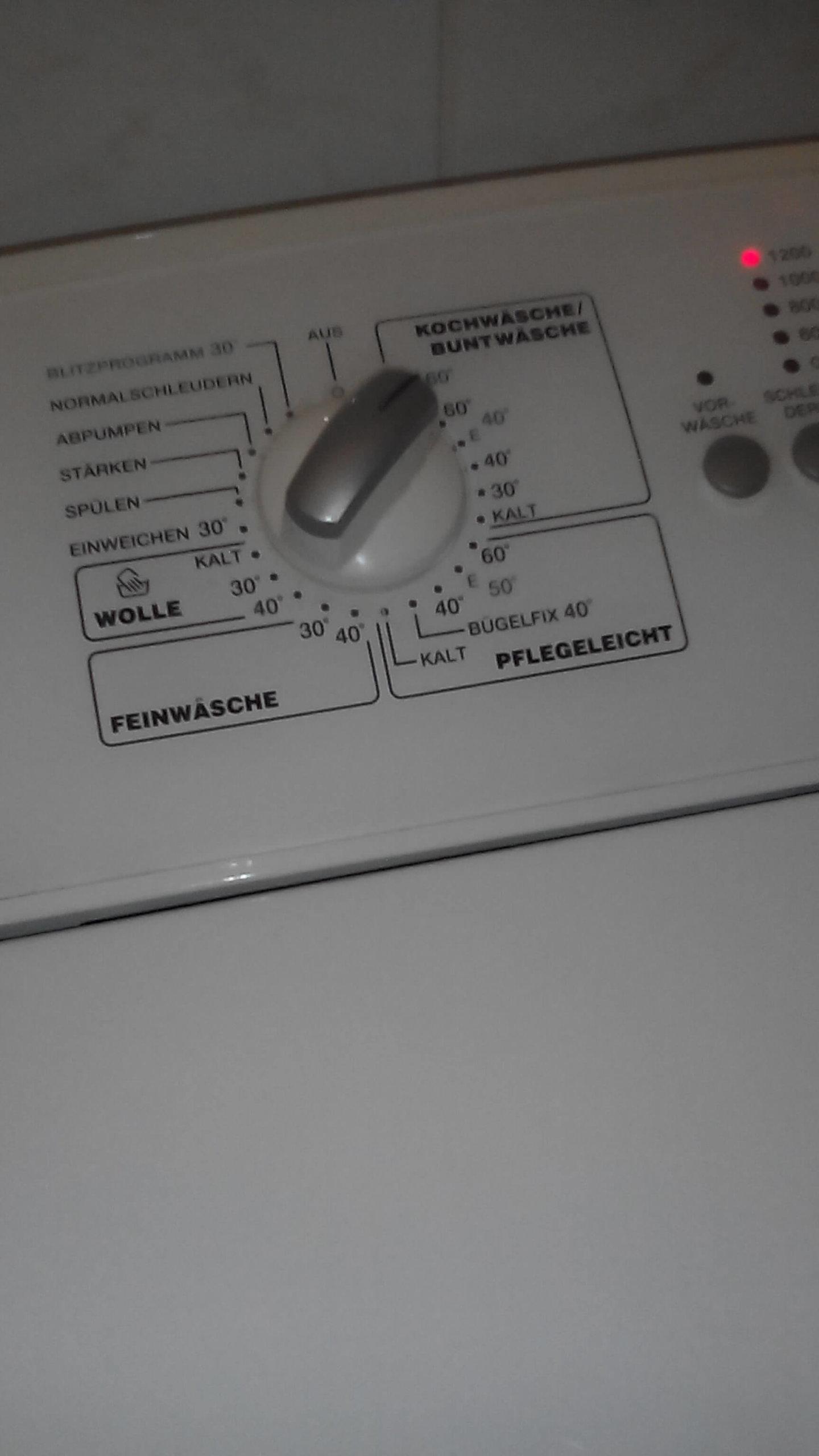 Waschmaschinenprogrammanzeige (c) familienfreund.de