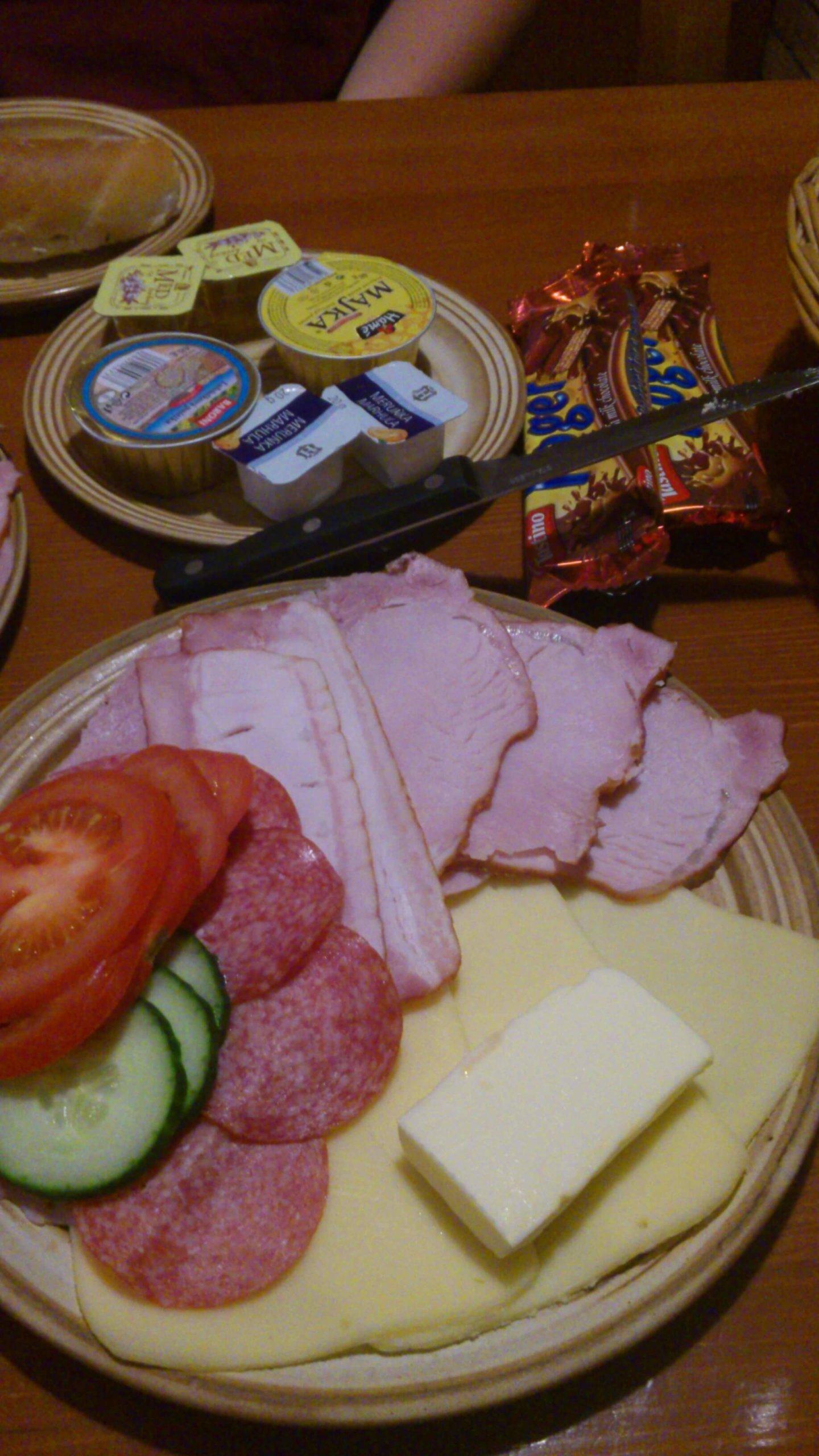 Ernährung | Wurstplatte (c) familienfreund.de