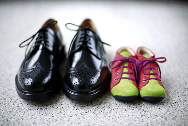 große und kleine Schuhe (c) Erfolgsfaktor Familie